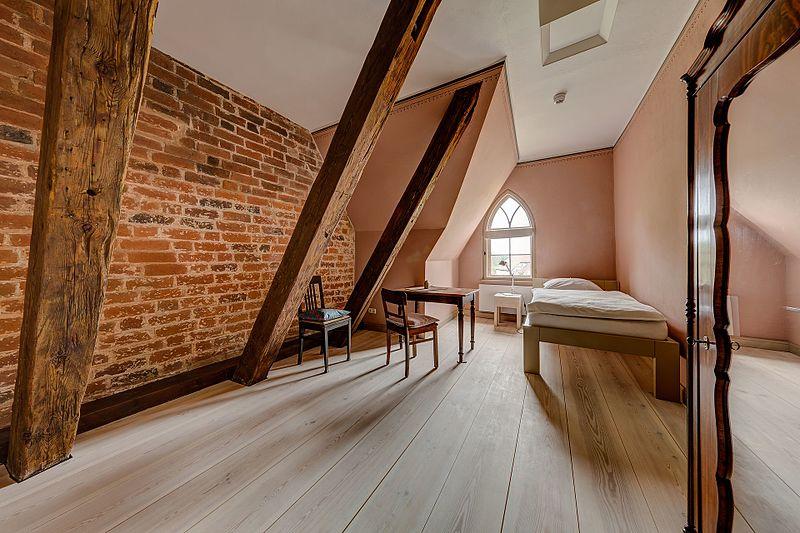 faut il pr f rer une colocation pour vivre en savoie location appartement les arcs. Black Bedroom Furniture Sets. Home Design Ideas